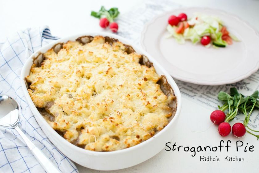 Stroganoff pie